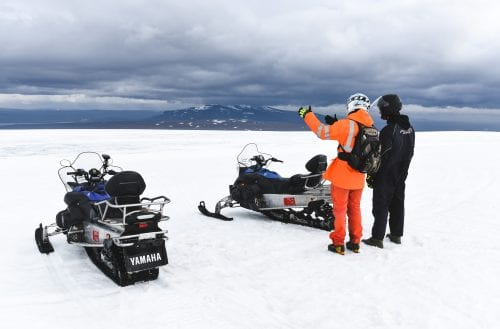 Snowmobile sightseeting