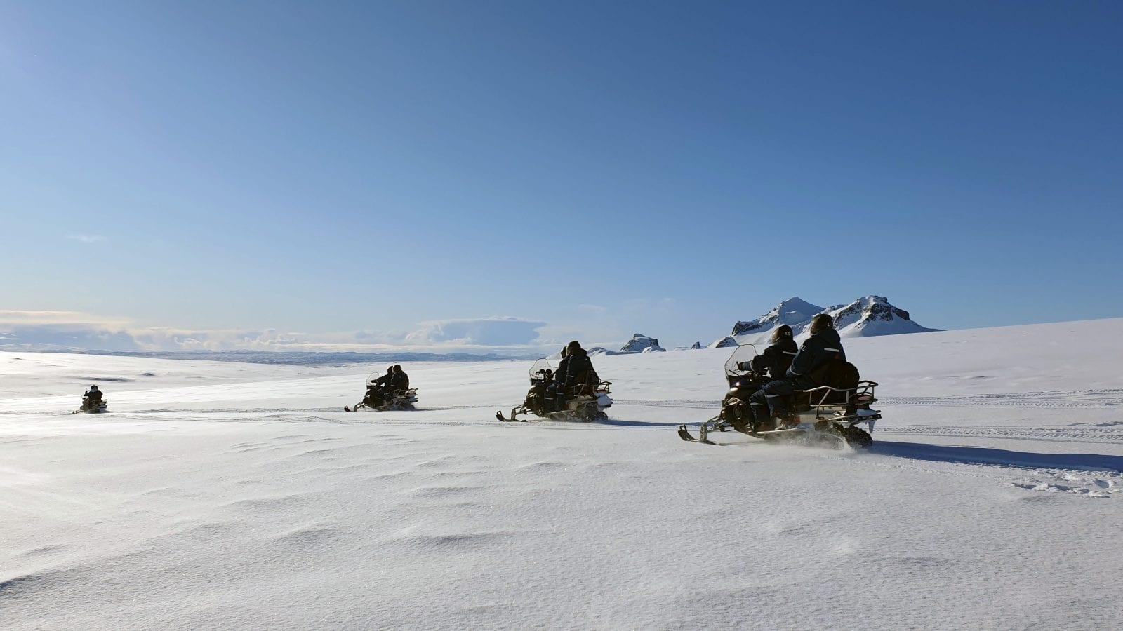 Snjósleðaferð á Langjökli
