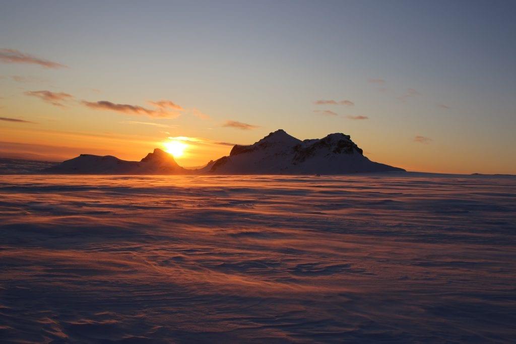 Glacier sunset - Iceland's Glaciers